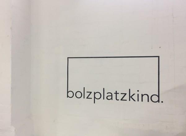 Bolzplatzkind Wandtattoo (Logo als Klebefolie)