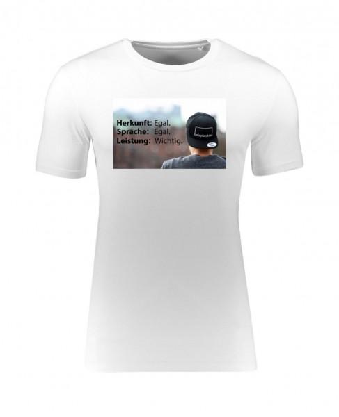 "Bolzplatzkind T-Shirt ""Herkunft, Sprache, Leistung"""